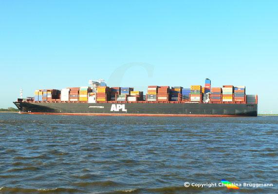 Containerschiff APL MERLION, Elbe 06.05.2015 / BILD 15