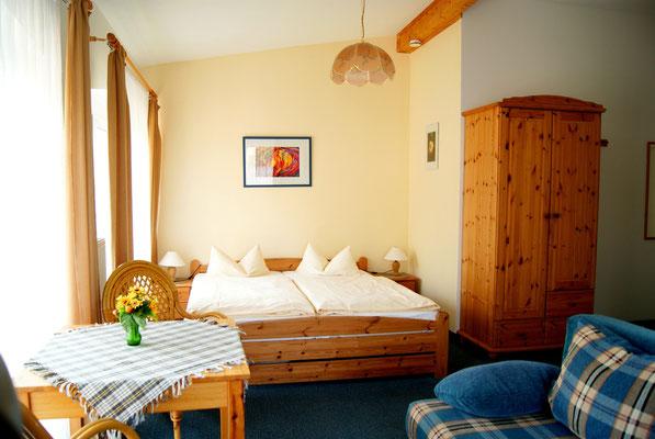 Kleines Apartment mit Miniküche