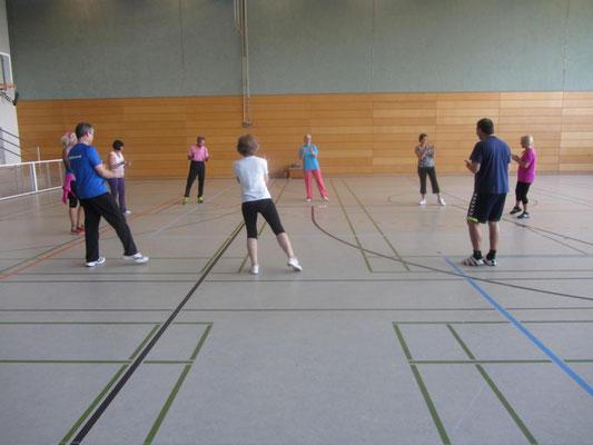 Bewegung und Spiel für Ältere mit Erika Grötzner