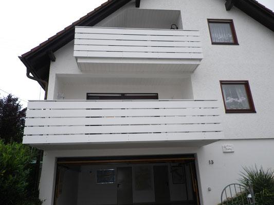 Renovierung, Balkonverkleidung, Aluminiumprofile Mattweiß Pulverbeschichtet