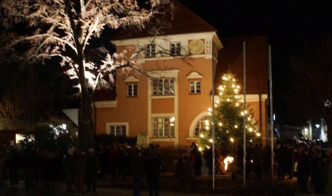 Christbaumübergabe Gnesau an Hornstein 2013