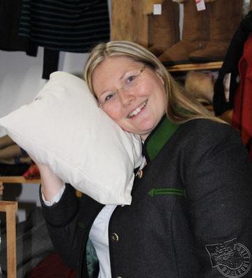 Julia Georgi Die Wohlfühlzirbe am Schafhof Perl in Rinchnach
