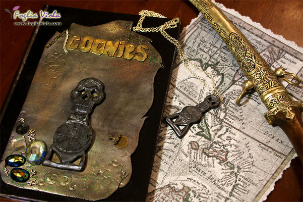 The Goonies Journal, a fantasy book by Fogliaviola fantasy Design
