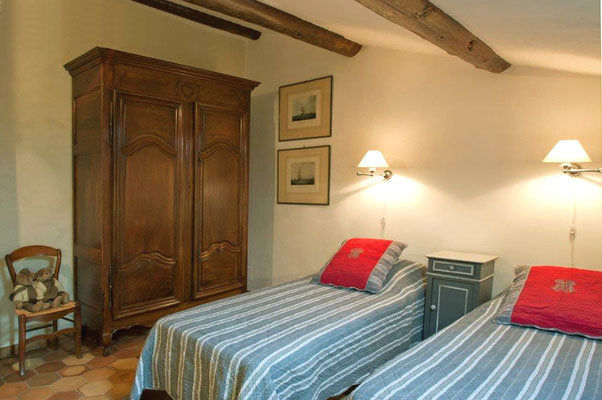 Zéa - das Schlafzimmer mit den beiden Einzelbetten