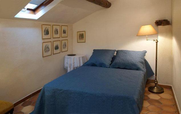 Zéa - das Schlafzimmet mit dem frz. Bett