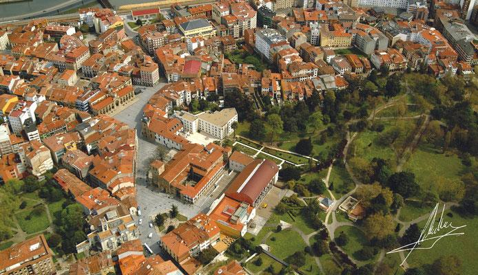 Fotos aéreas para ayuntamientos e instituciones - Núcleo histórico de Avilés