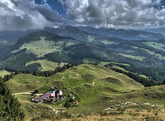 Aussicht beim Abstieg vom Kranzhorn