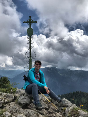Klausenberg Gipfelkreuz im Sommer