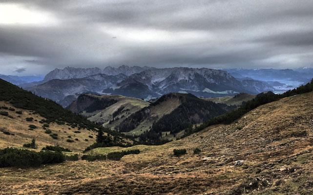 Blick zurück auf's Kaisergebirge