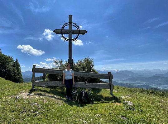 Das Friedenskreuz über der Pasteralm