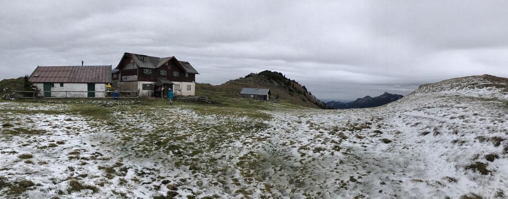 Die (verfallende) Klausenhütte