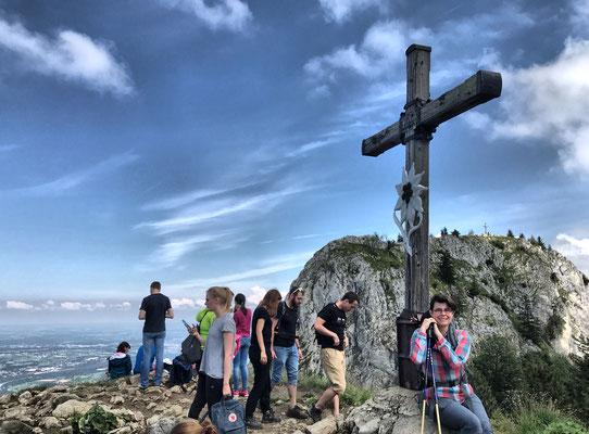 Gipfelkreuz am Heuberg-Grasgipfel