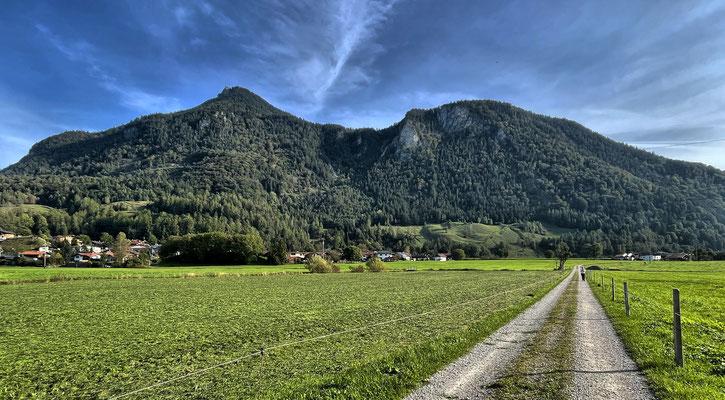 Blick zurück zum Kranzhorn kurz nach dem Start