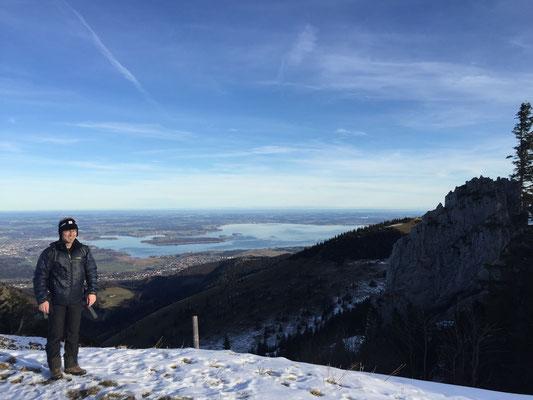 Am ersten Aussichtspunkt auf dem Weg zur Steinlingalm