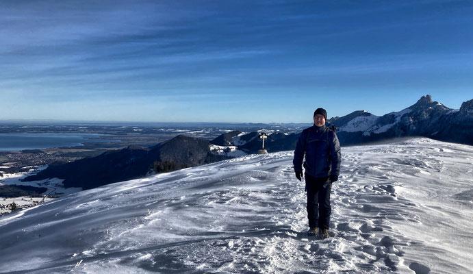 Rückweg vom Laubenstein Gipfel im Winter