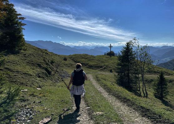 Weg zum Friedenskreuz