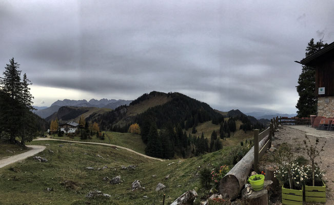 Blick von der Terrasse der Priener Hütte