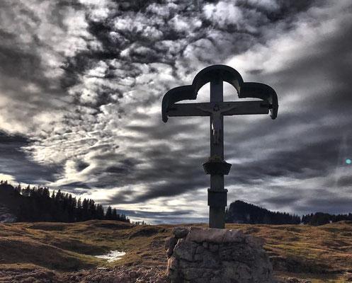 Laubenstein Gipfelkreuz