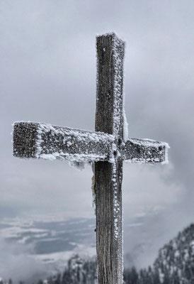 Gipfelkreuz am Sulten