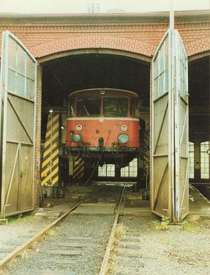 Zuletzt bevölkerten die aus Betzdorf übernommenen VT98 das Bw Siegen, 02.11.1990 (Aufnahme: Dr. Richard Vogel)