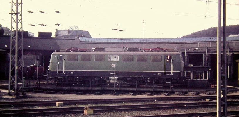 Die neue E40 1313 Bw Hagen-Eck 1967 auf der Drehscheibe des Bw Siegen (Aufnahme: Dr. Richard Vogel)