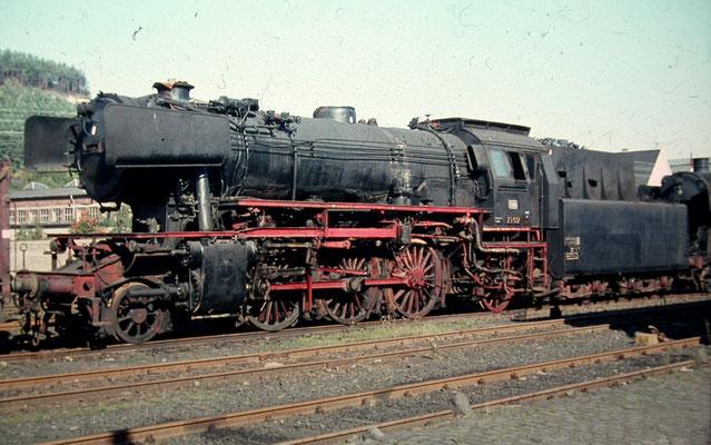 23 012 abgestellt in Eiserfeld am 10.10.1965 vor Abgabe zum Bw Kaiserslautern