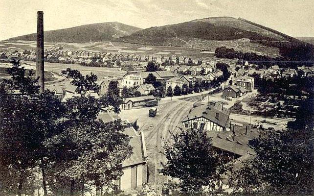 Bahnhof Reinhold Forster in Eiserfeld an der Strasse nach Niederschelden in den 30er Jahren