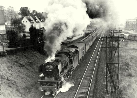 Lok 03 1060 mit Eilzug Richtung Hagen 1962 zwischen Kreuztal und Eichen