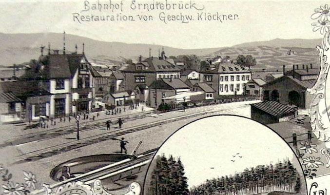 Der Bahnhof Erndtebrück im Jahre 1898 mit dem zweiständigen Lokschuppen samt Drehscheibe (Ansichtskarte Sammlung Dr. Richard Vogel, Berlin)