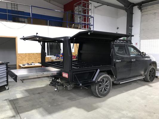 PEPEC - Mercedes X Klasse Festaufbau / Canopy mit 3 Flügeltüren