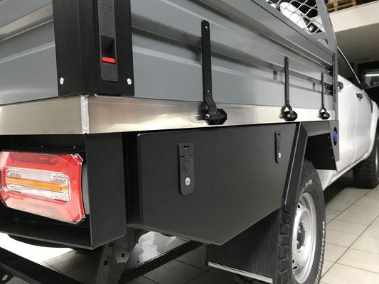 PEPEC - Ford Ranger 2018 Flachbett Pritsche / Ladefläche mit Toolbox und Heckauszug, Flachpritsche, Pickup Pritsche, Flachbett