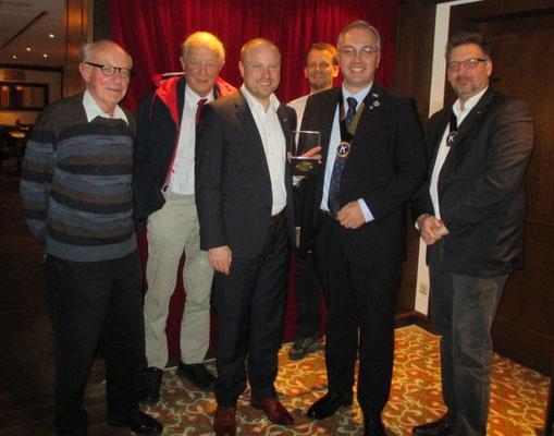 Hartmut Mayer, Michael Baur, Rüdiger Süß, Georg Kochem, Eric Meurer-Eichberg, Markus Tümmeler (v.l.n.r.)