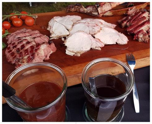 Karree vom Bunten Bentheimer und Tomma Hawk Steaks