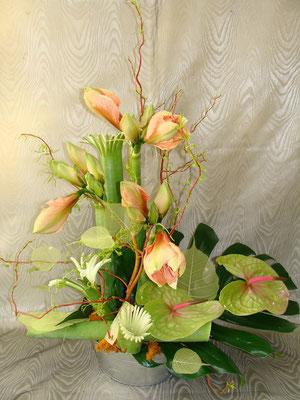 -La Composition de Fleurs Piquées