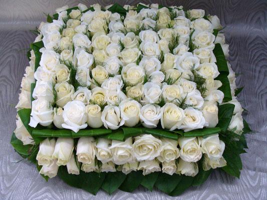 C2-Le Carré de roses blanches