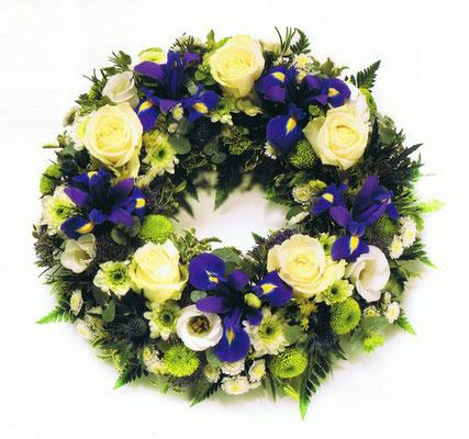 C3-La Couronne à Plat de fleurs variées