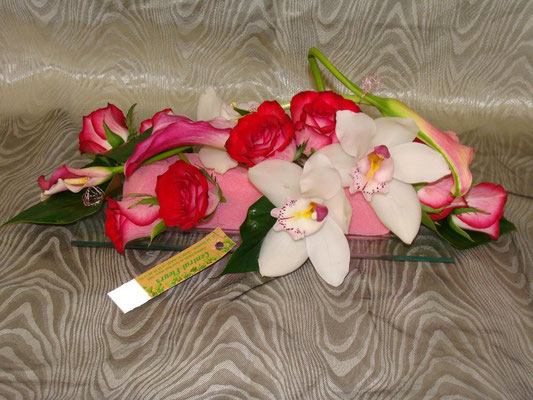 CT3-Cymbidium blanc,rose rouge et arum fuschia