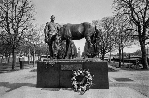 第一次大戦でフランスと共に闘ったロシア兵への碑