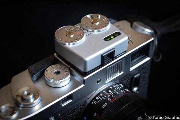 フィルムカメラ全般で使える露出計。いままでiPhoneのアプリ使ってたけど出したりしまったりで余りテンポが良くないのでこちらに。