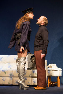 """""""Eating Raoul"""" (R.: Bruno Max), Theater zum Fürchten, 2014 (mit Bernie Feit) (Foto: Barbara Frenzel)"""