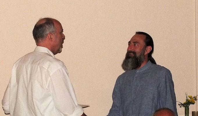 Christian Keth (rechts) feiert sein 30jähriges Jubiläum.