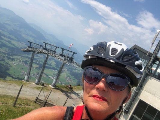 Angelique was aan het E-mountainbike'n in Oostenrijk