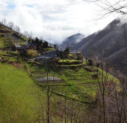 hameau d'Esbintz, Ariège, Pyrénées