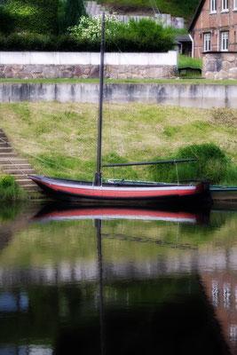 Hitzacker (Elbe): Kleines Segelschiff