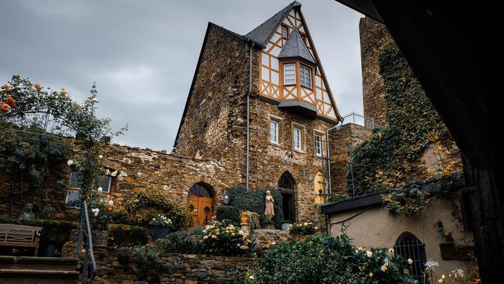 Burganlage Thurant hoch über Alken / Mosel