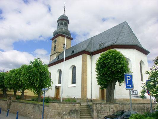 Ev. Kirche Winnweiler: -Bekämpfender Holzschutz im Mikrowellenverfahren