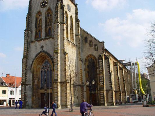 Kath. Kirche Oelde: -Bekämpfender Holzschutz im Heißluftverfahren