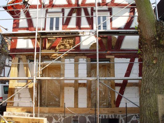 Fachwerkhaus Bad Vilbel: -Sanierung der Fachwerkskonstruktion / -Hauschwamm Sanierung