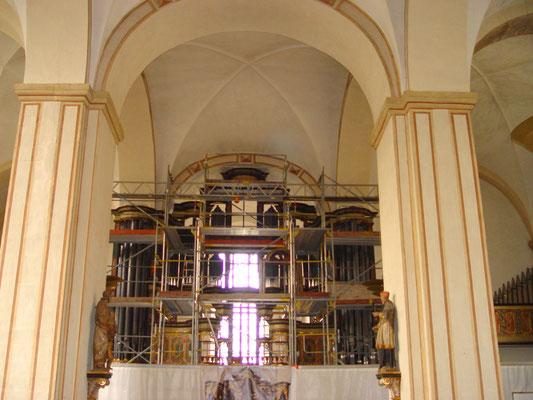 Abtei Marienmünster:  -Bekämpfender Holzschutz an der Orgel