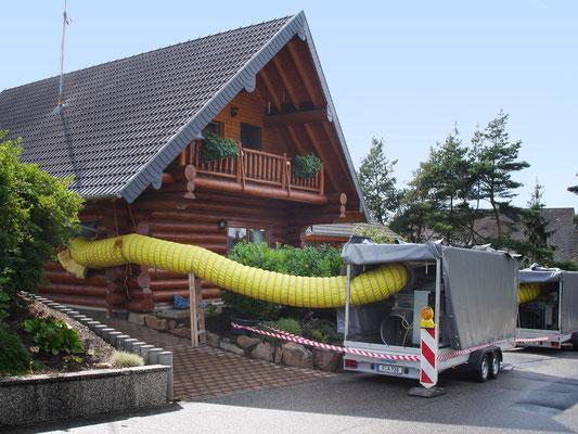 Blockhaus St Goar: -Hauschwammsanierung / -Bekämpfender Holzschutz im Heißluftverfahren